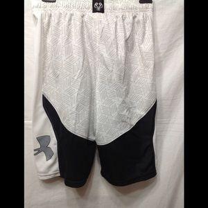 Boy's size Large UNDER ARMOUR athletic shorts